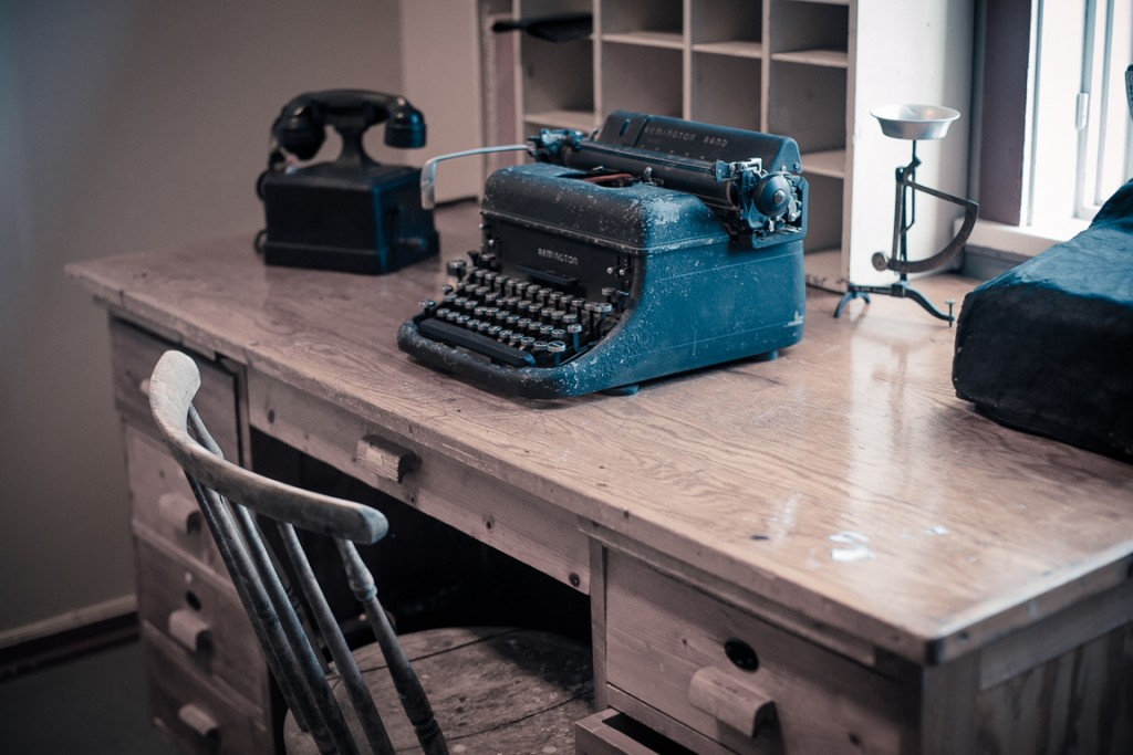 Desk in the old post office at the fishing museum, Å.