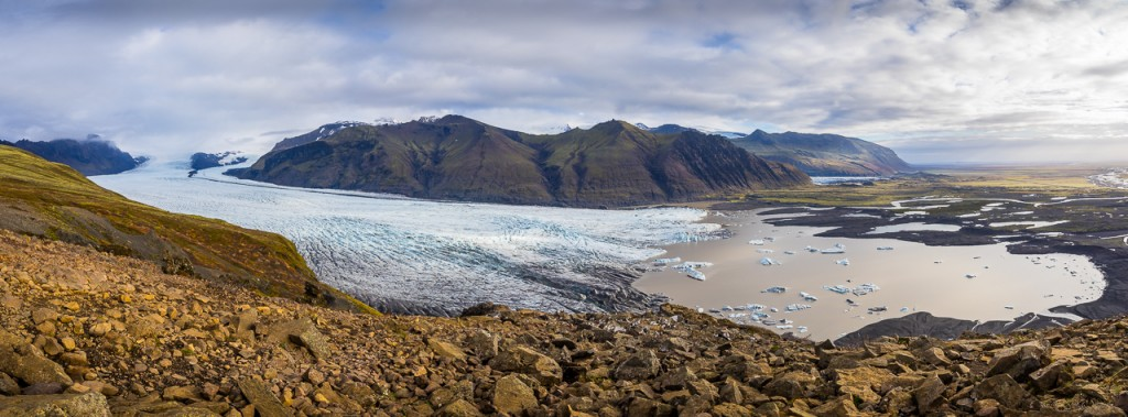 Glacier tongue coming down from Vatnajokull, taken from Skaftafell